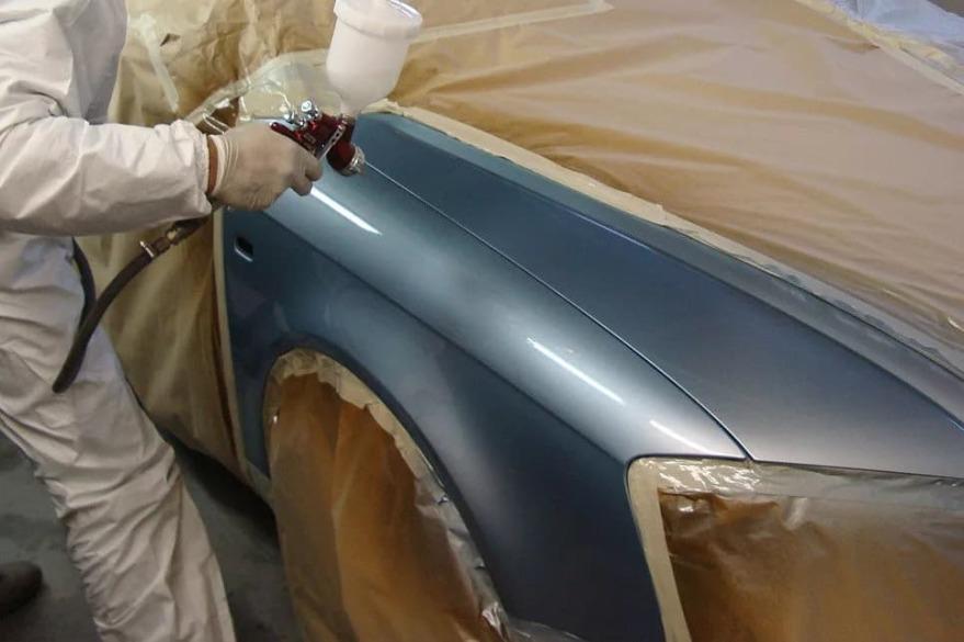 Фото процесса окрашивания переднего крыла