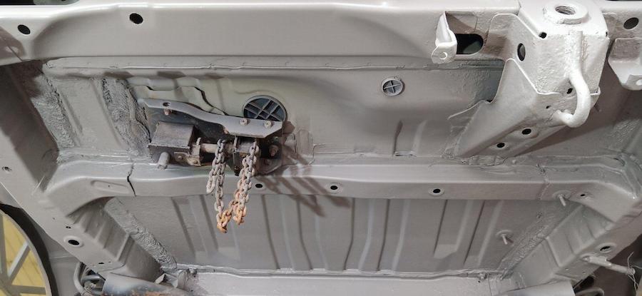 Фото днища авто перд антикором